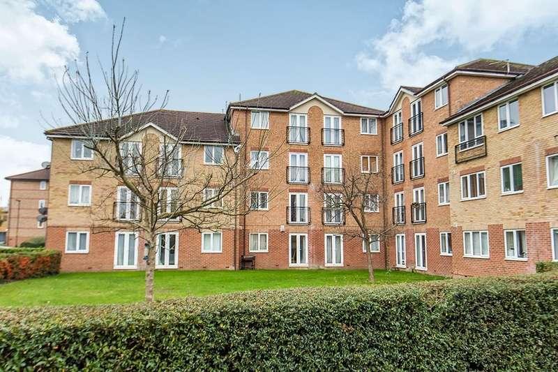 1 Bedroom Flat for sale in Varsity Drive, Twickenham, TW1