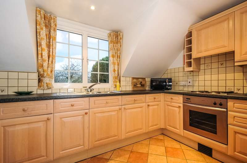 2 Bedrooms House for rent in Wylye Road Hanging Langford SP3