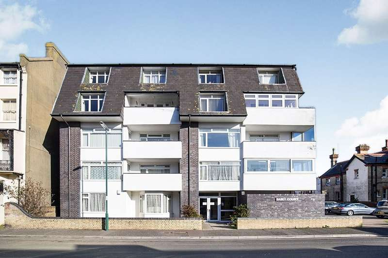 2 Bedrooms Flat for sale in Albert Road, Bognor Regis, PO21