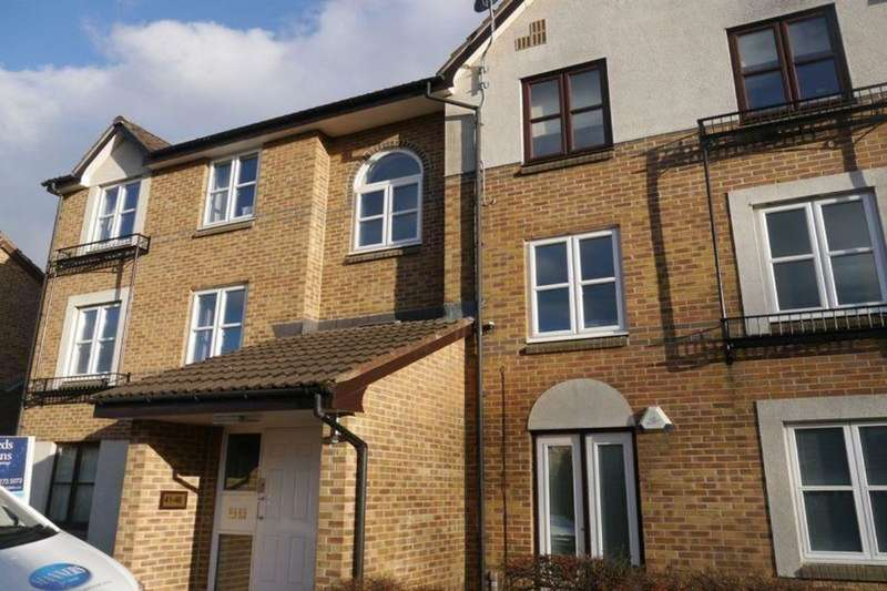 2 Bedrooms Flat for sale in Benwell Village Mews, Benwell Village, Newcastle Upon Tyne, NE15