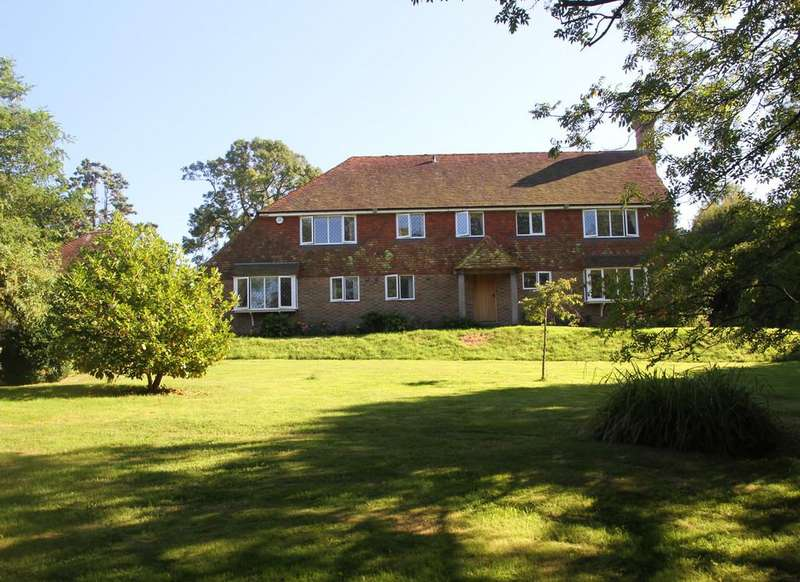 5 Bedrooms Detached House for sale in Icklesham, East Sussex TN36 4BA