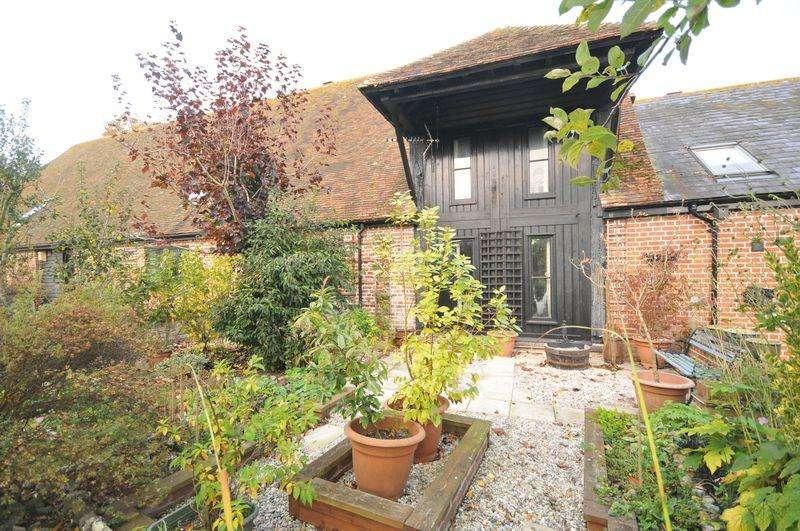 3 Bedrooms Barn Conversion Character Property for sale in Dene Farm Lane, Wingham