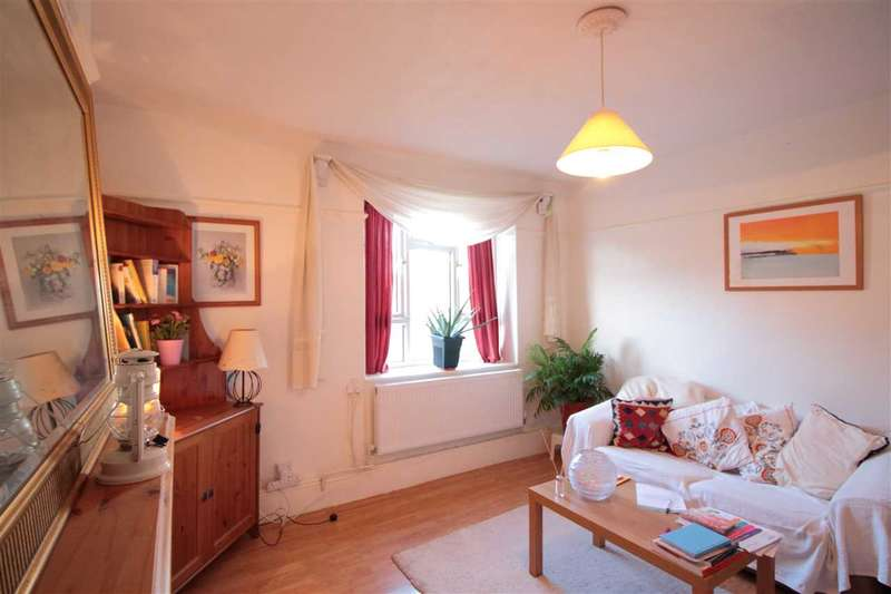 1 Bedroom Flat for sale in Laughton House, Tulse Hill, Brixton