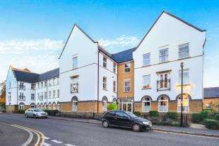 2 Bedrooms Retirement Property for sale in Boundary Point, Coldstream Road, Caterham, Surrey