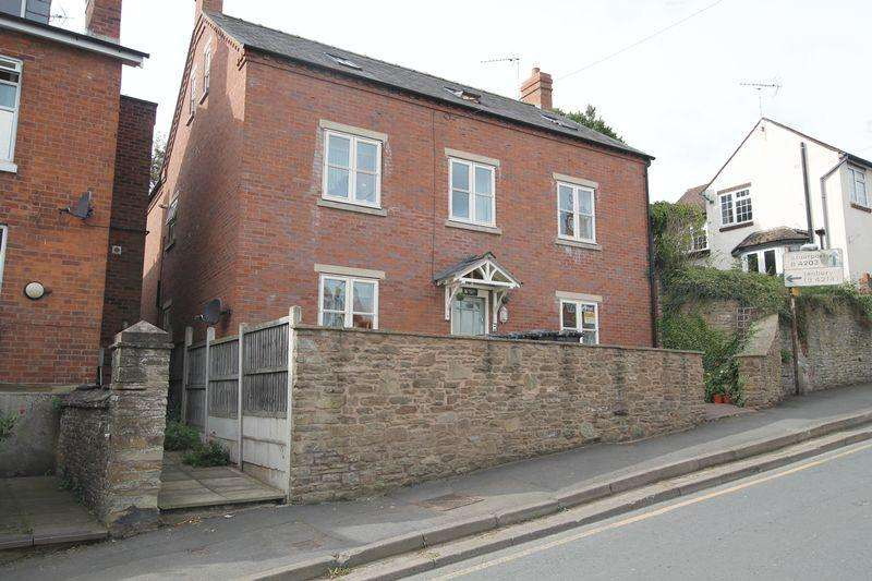 3 Bedrooms Maisonette Flat for sale in BROMYARD