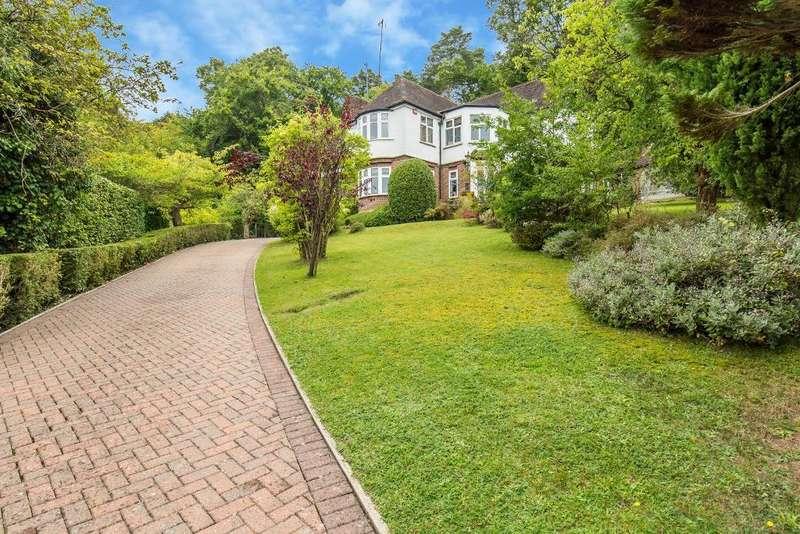 4 Bedrooms Detached House for sale in Ballards Rise, South Croydon, Surrey, CR2 7JT
