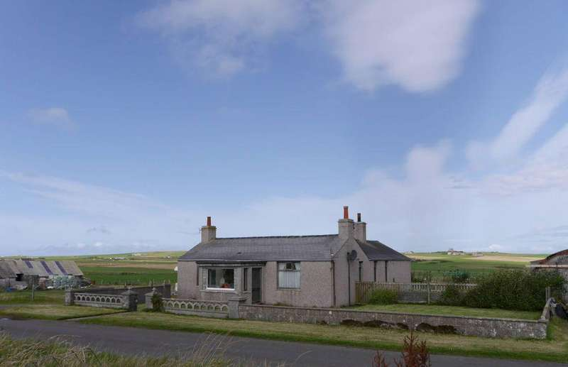3 Bedrooms Detached House for sale in Glenavon, Deerness