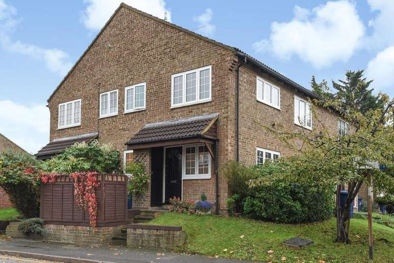 1 Bedroom Terraced House for sale in Sawyers Lawn, West Ealing