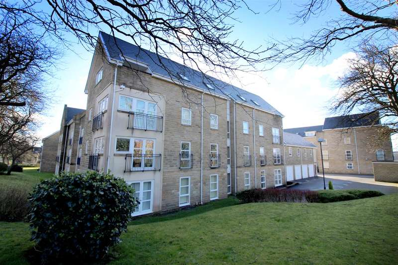 2 Bedrooms Apartment Flat for sale in Regent Court, Savile Park, Halifax
