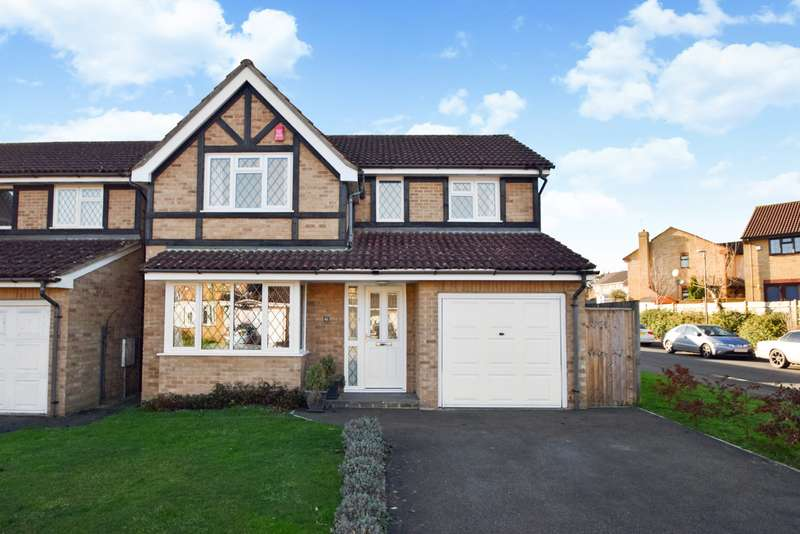 4 Bedrooms Detached House for sale in Portland Close, Slough, SL2