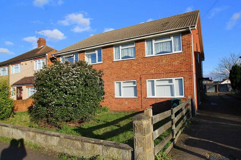 2 Bedrooms Maisonette Flat for sale in Mornington Road, Ashford, TW15