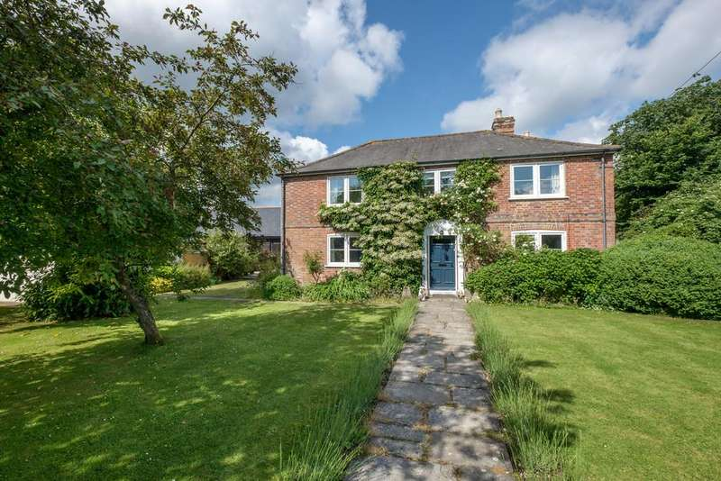 4 Bedrooms Farm House Character Property for sale in Station Road, Havenstreet