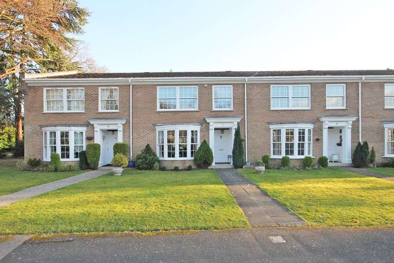 3 Bedrooms Town House for sale in Halton Close, Bransgore, Christchurch