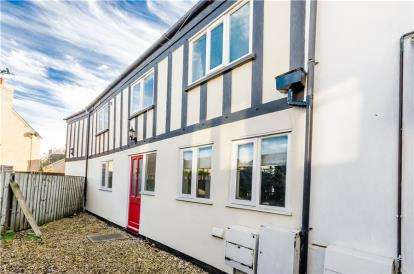 3 Bedrooms End Of Terrace House for sale in High Street, Soham, Ely