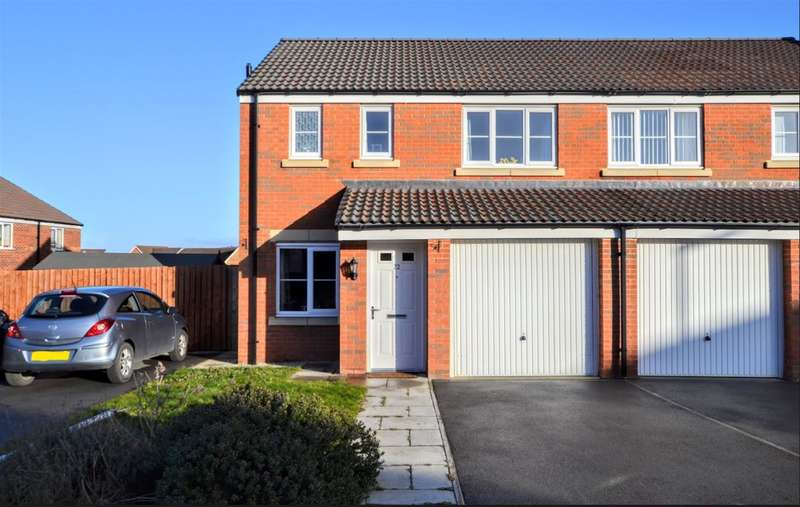 3 Bedrooms Semi Detached House for sale in Old Royston Avenue, Royston, Barnsley, S71 4GA