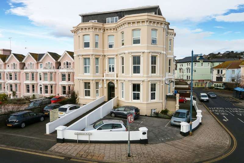 2 Bedrooms Flat for sale in Courtney Place, Teignmouth