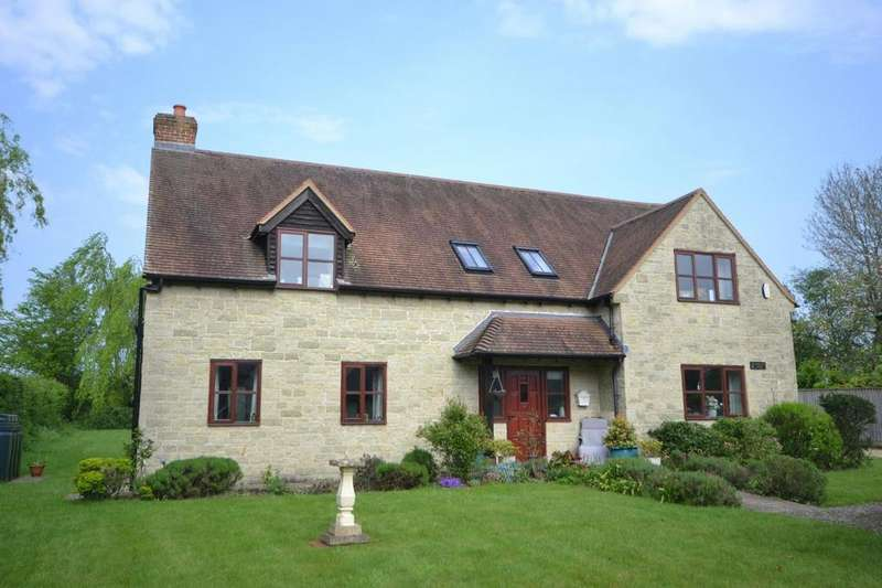4 Bedrooms Detached House for sale in Charlton View, Ash Tree Lane, Cann Common, Dorset, SP7