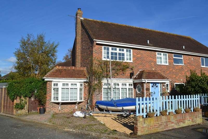 3 Bedrooms Semi Detached House for sale in Westward Close, Bosham