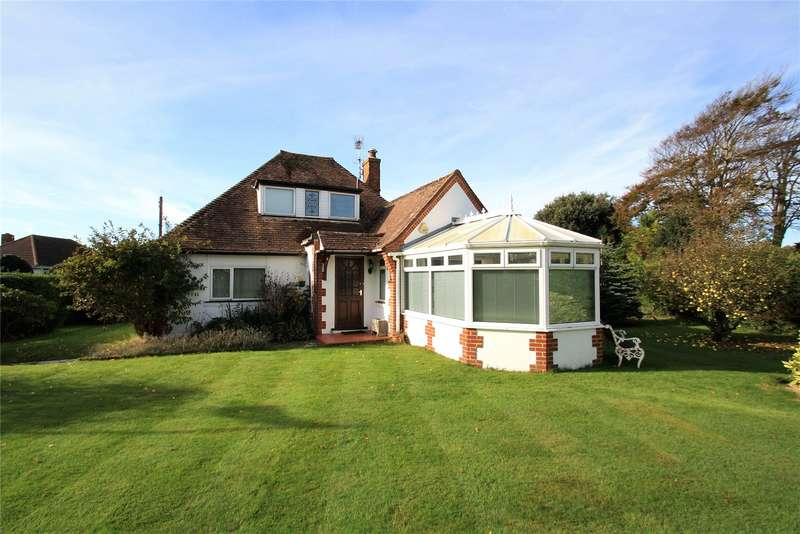 4 Bedrooms Bungalow for sale in Tamarisk Way, Ferring, West Sussex, BN12