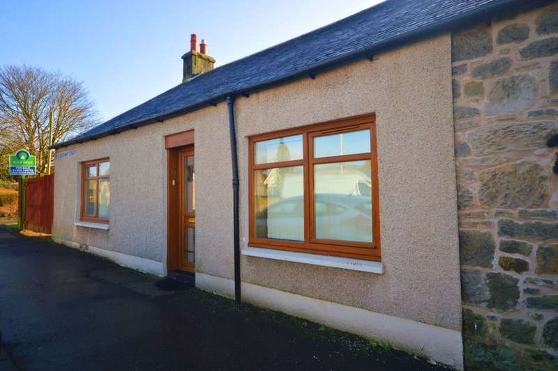 4 Bedrooms Semi Detached House for sale in Henderson Street, Kingseat, Dunfermline, KY12