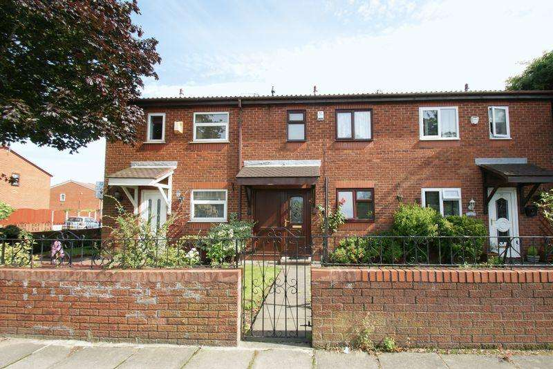 3 Bedrooms Terraced House for sale in Utting Avenue,