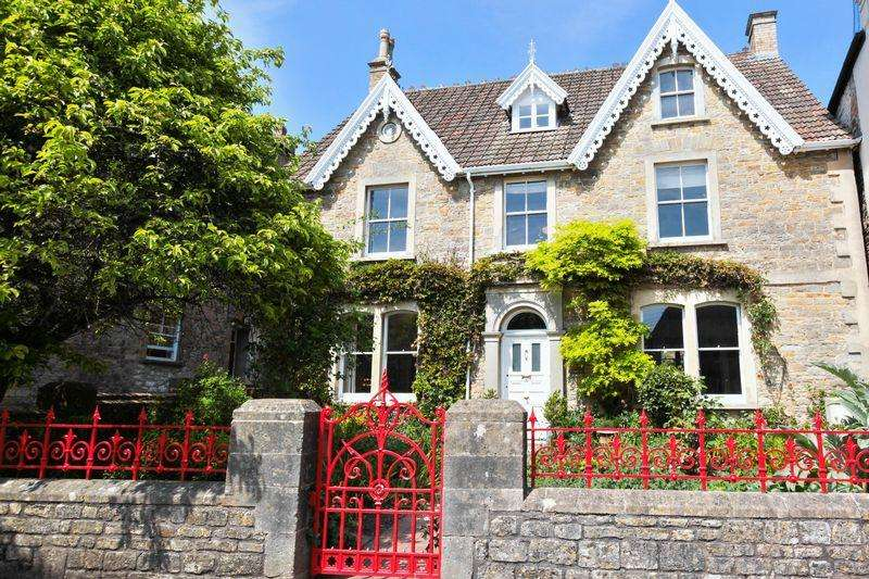 5 Bedrooms Unique Property for sale in Church Street, Wedmore