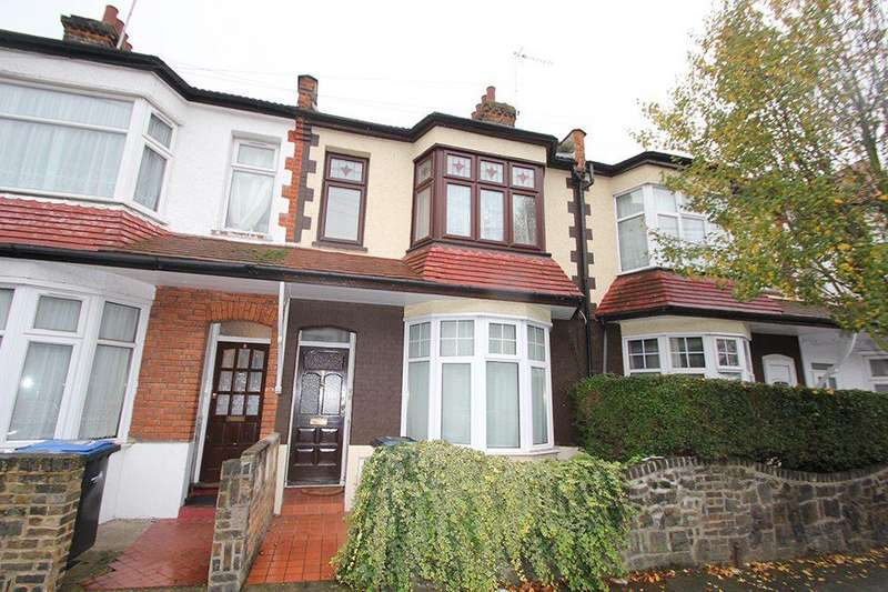 2 Bedrooms Flat for sale in College Close, Edmonton, N18