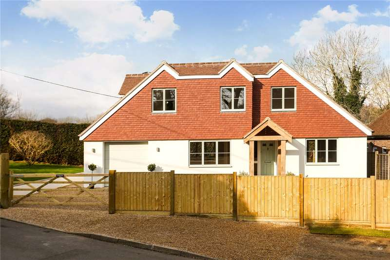 4 Bedrooms Detached House for sale in Woodside Road, Chiddingfold, Godalming, Surrey, GU8