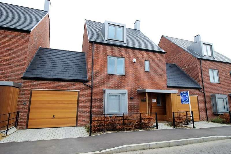 4 Bedrooms Link Detached House for sale in Charger Road, Trumpington, Cambridge