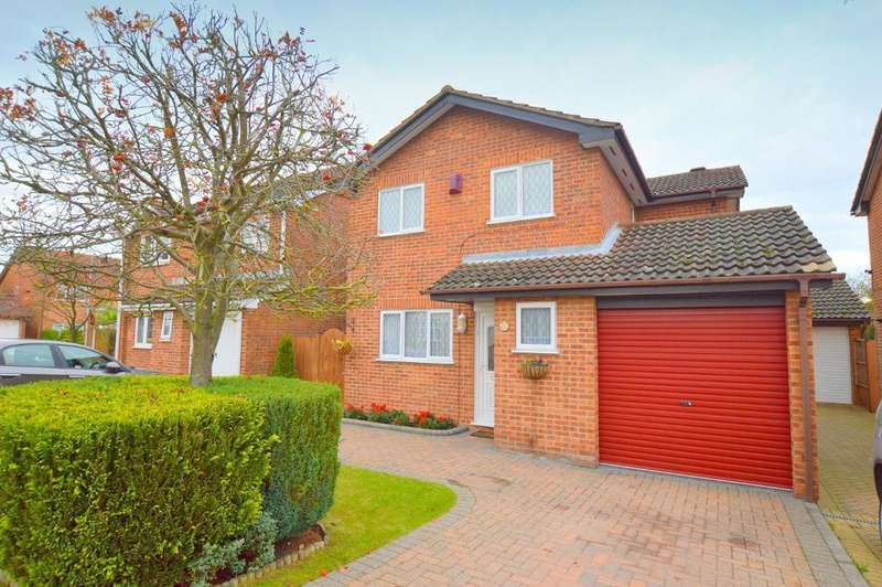 4 Bedrooms Detached House for sale in Kirby Drive, Luton, LU3 4AJ