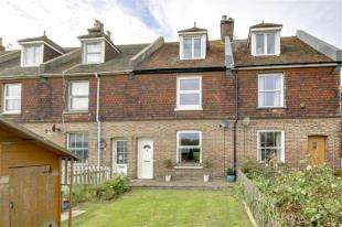 3 Bedrooms Terraced House for sale in Eastbridge Road, Newhaven, East Sussex