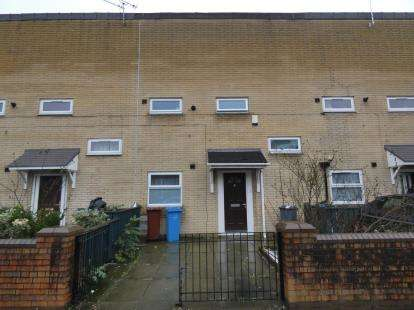 2 Bedrooms Terraced House for sale in Sedgeborough Road, Manchester, Greater Manchester