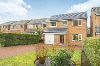 4 Bedrooms Detached House for sale in Linglongs Avenue, Whaley Bridge, High Peak, Derbyshire