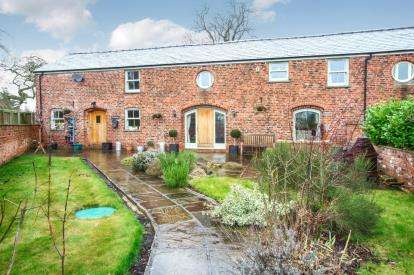 4 Bedrooms Barn Conversion Character Property for sale in Cedar Barns, Byley Lane, Byley, Middlewich
