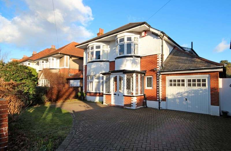 4 Bedrooms Detached House for sale in Leeson Road, Littledown, Bournemouth