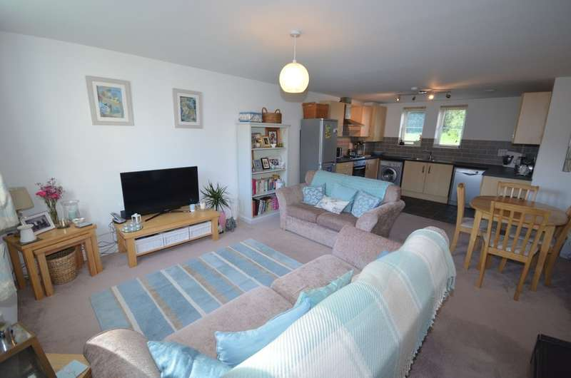 2 Bedrooms Apartment Flat for sale in 26 Beechwood Parc