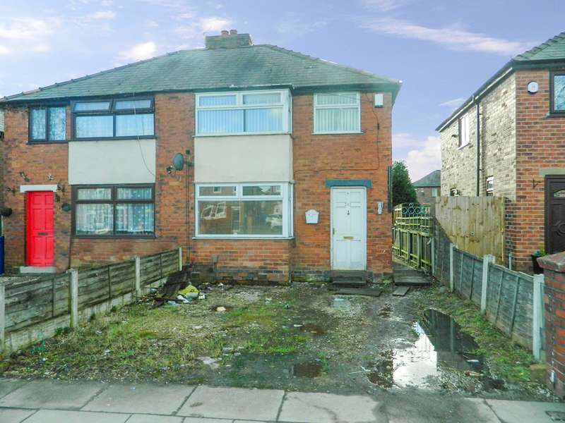3 Bedrooms Semi Detached House for sale in Wigan Road, Leigh, WN7