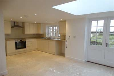 3 Bedrooms House for rent in Church Road, Greenstead Green