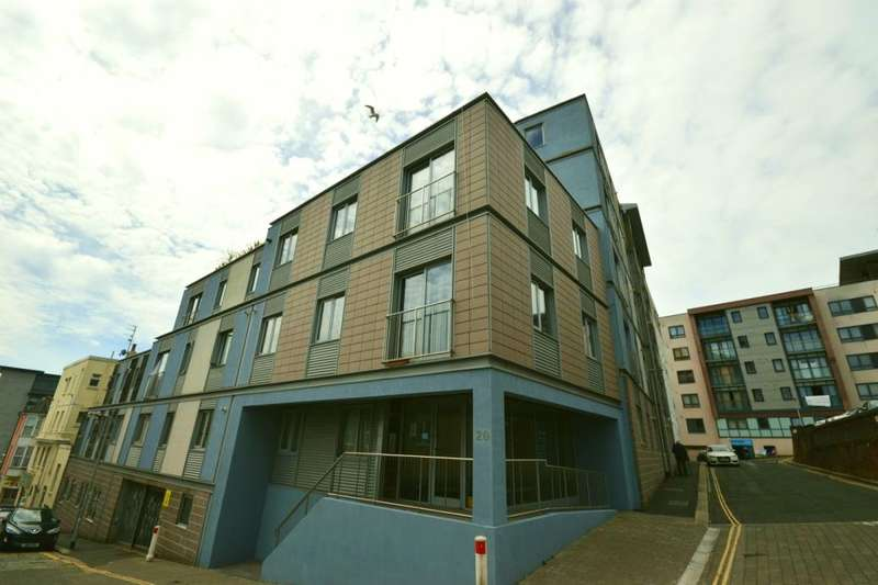 2 Bedrooms Flat for sale in North Street, Plymouth, PL4