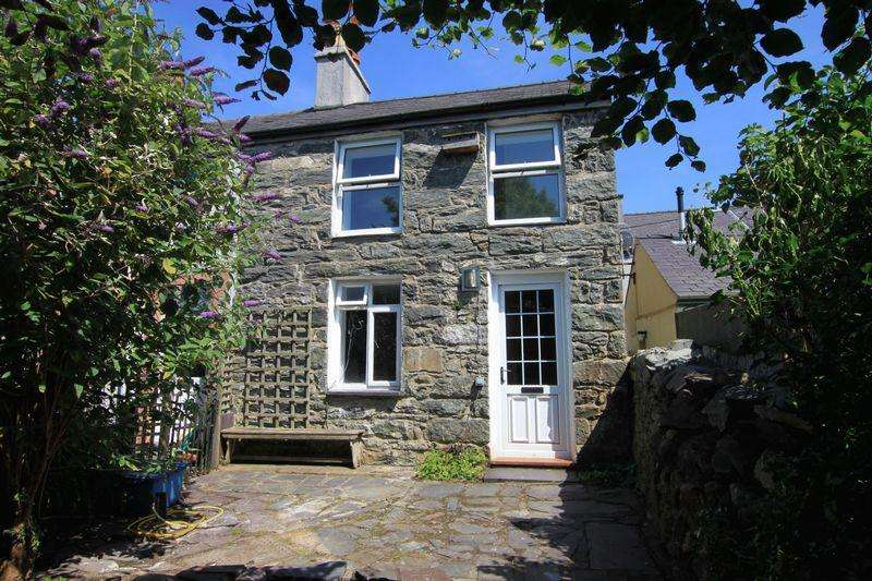 2 Bedrooms Terraced House for sale in Llanllechid, Gwynedd