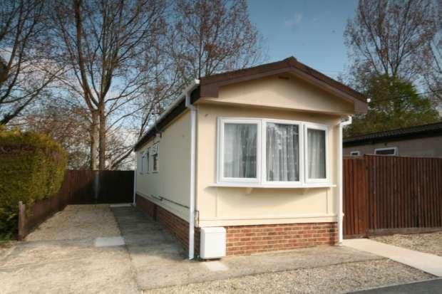 2 Bedrooms Property for sale in Littleworth Park Littleworth Oxford