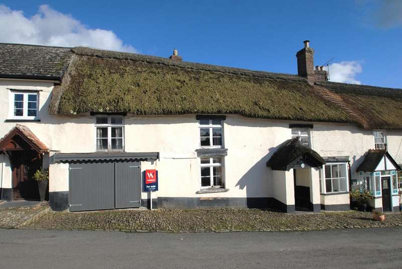 3 Bedrooms Terraced House for sale in The Square, Chittlehampton