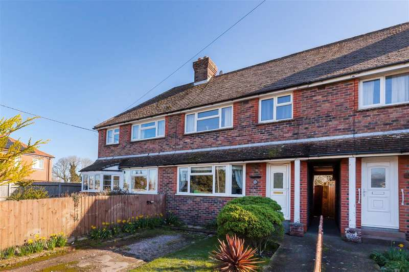 3 Bedrooms Terraced House for sale in Battle Road, Hailsham