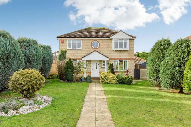 4 Bedrooms Detached House for sale in Whitehorse Drive, Emerson Valley