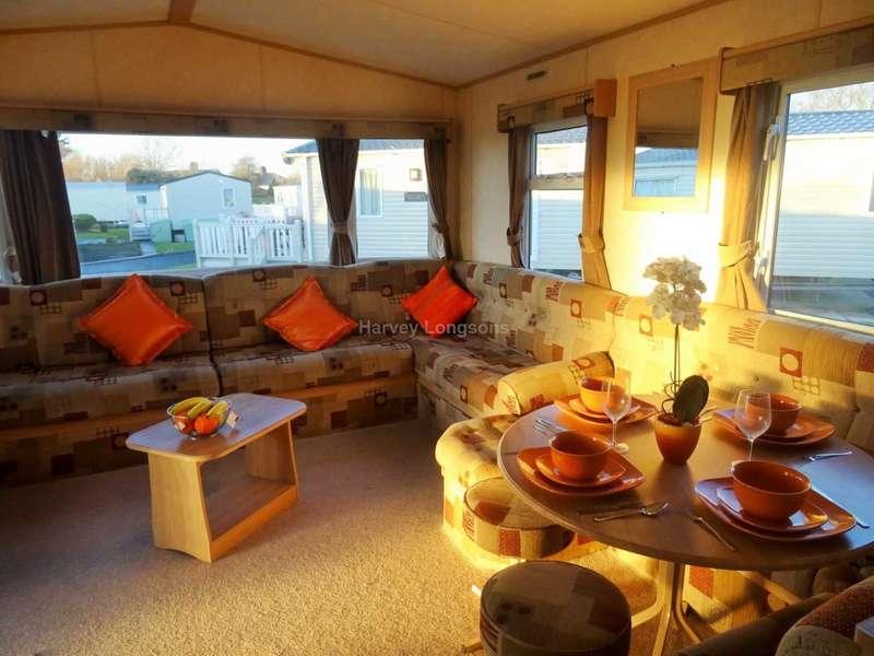 3 Bedrooms Caravan Mobile Home for sale in Porthcawl, Bridgend