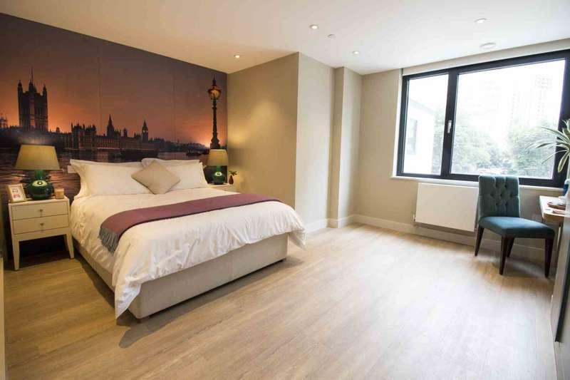 Studio Flat for rent in The Quarters, Wellesley Road, Croydon