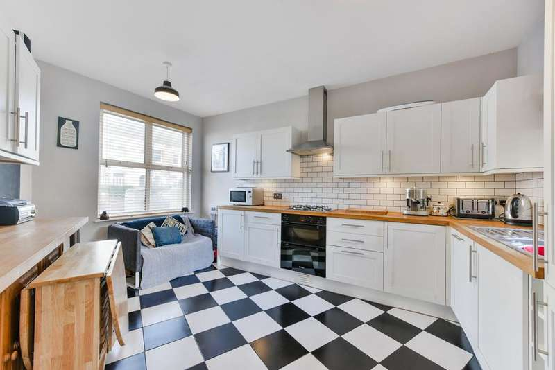 1 Bedroom Flat for sale in Selkirk Road, London SW17