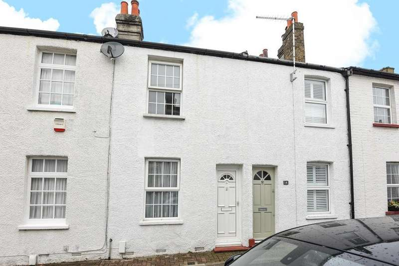2 Bedrooms Terraced House for sale in Victoria Road, Chislehurst