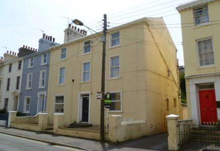 3 Bedrooms Apartment Flat for sale in Ramsey, Isle of Man, IM8