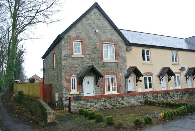 3 Bedrooms Terraced House for sale in John Fielding Gardens, Llantarnam, Cwmbran, NP44